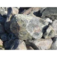 Природный камень бутовый Скала серо-зеленая